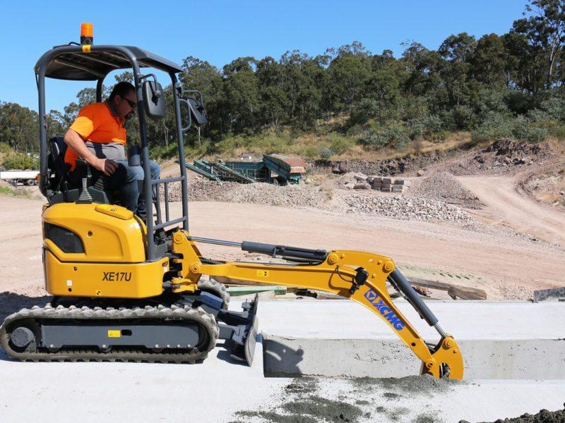 XCMG-XE17U-Mini-Excavator-Hire-Rental-7
