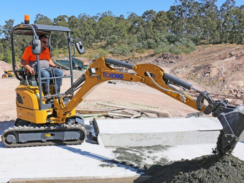 XCMG-XE17U-Mini-Excavator-Hire-Rental-8
