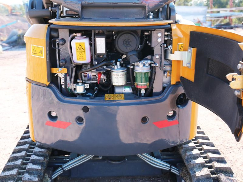 XCMG-XE17U-Mini-Excavator-Hire-Rental-4