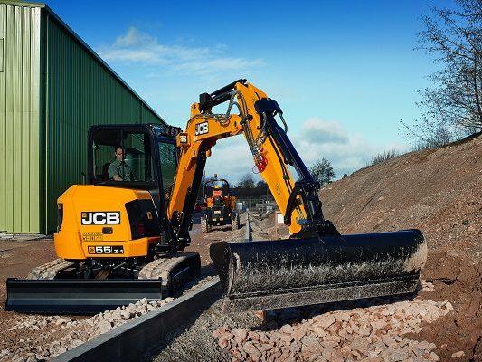 JCB-55Z-1-Mini-Excavator-5-Tonne-Excavator-For-Sale-3