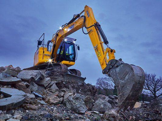 JCB-JZ140DLC-14-tonne-15-tonne-excavator-for-hire-4
