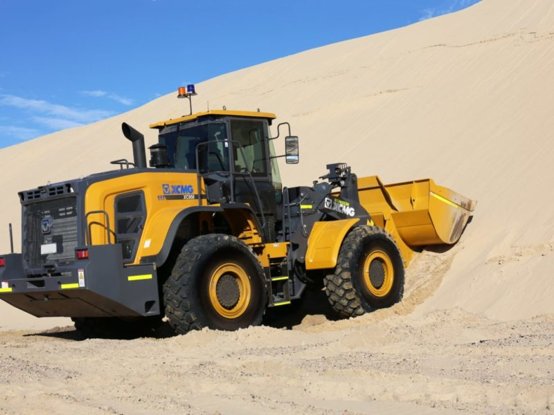 XCMG-XC958-Loader-Hire-12