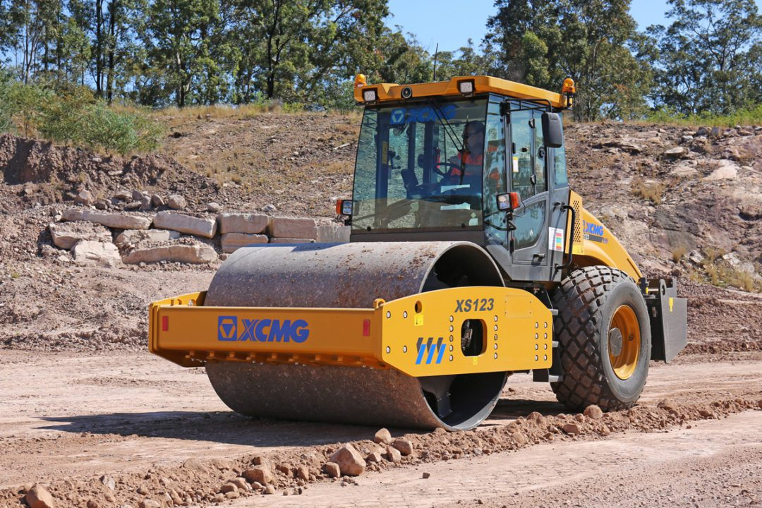 XCMG-XS123-Roller-Hire-Rental
